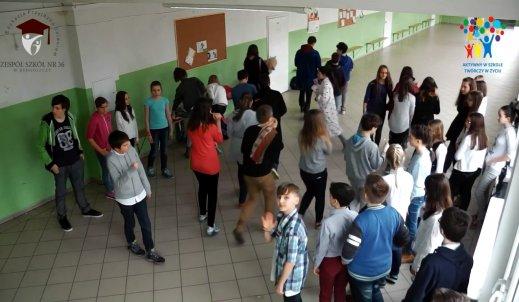 Konkurs Rossmann flash mob
