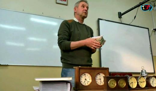 Lekcja z kolejkcjonerem z Ostrowa