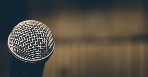microphone-1206364_1280