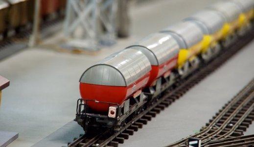 Szwajcarskie koleje, pociągi przeróżne, nie tylko towarowe, nie tylko podróżne…