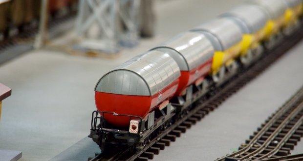 Szwajcarskie koleje, pociągi przeróżne, nie tylko towarowe, nie tylko podróżne...