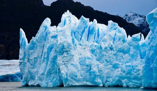 Topnienie lodowców – przyczyny i skutki