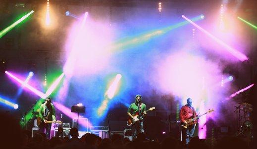 Fotorelacja z  koncertu Happysad w Jędrzejowie