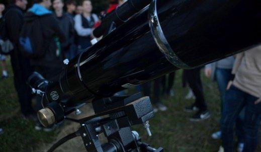 Nocne obserwacje astronomiczne