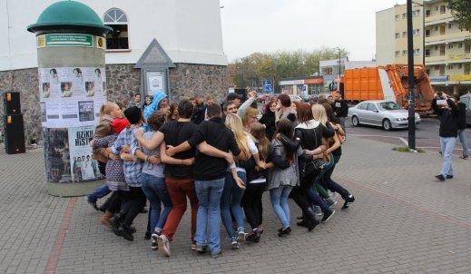 Roztańczony Konin – flash mob uchwycony na zdjęciach!