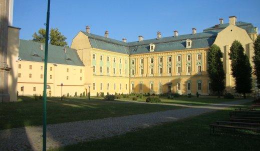 Szlakiem polskiej architektury sakralnej – opactwo w Krzeszowie
