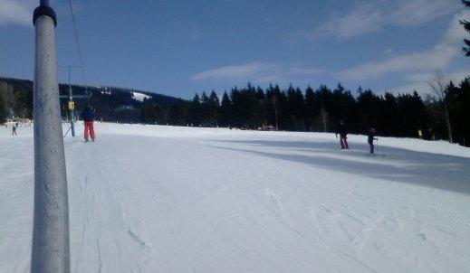 Obóz narciarski jako sposób na odejście od mediów?