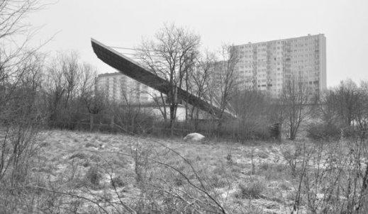 """Wystawa fotografii Krzysztofa Szymoniaka """"Konin – Antywidokówki"""""""