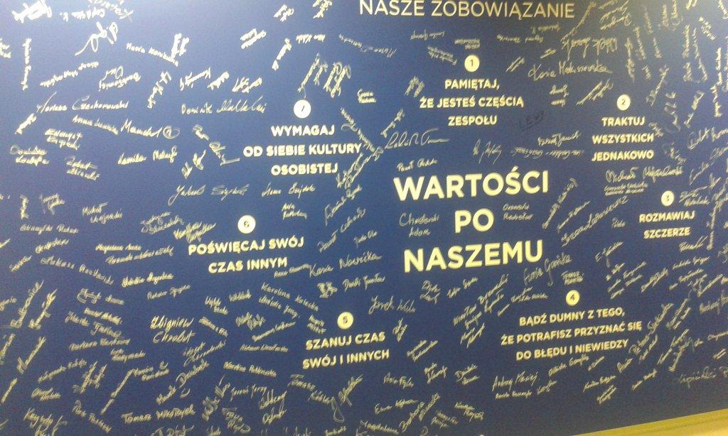 Wycieczka do Fabryki NIVEA w Poznaniu | YoungFace TV