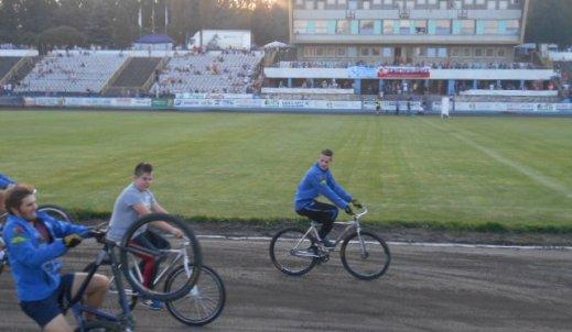 Piknik Żużlowy na Stadionie Skałka Świetochłowice.