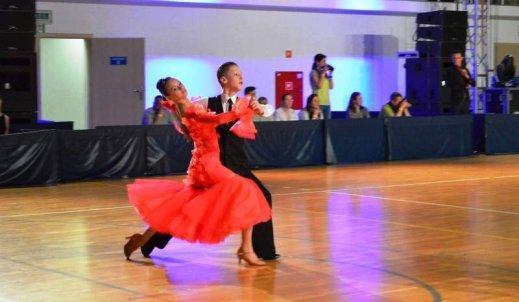 Sportowy taniec towarzyski receptą na wszystko