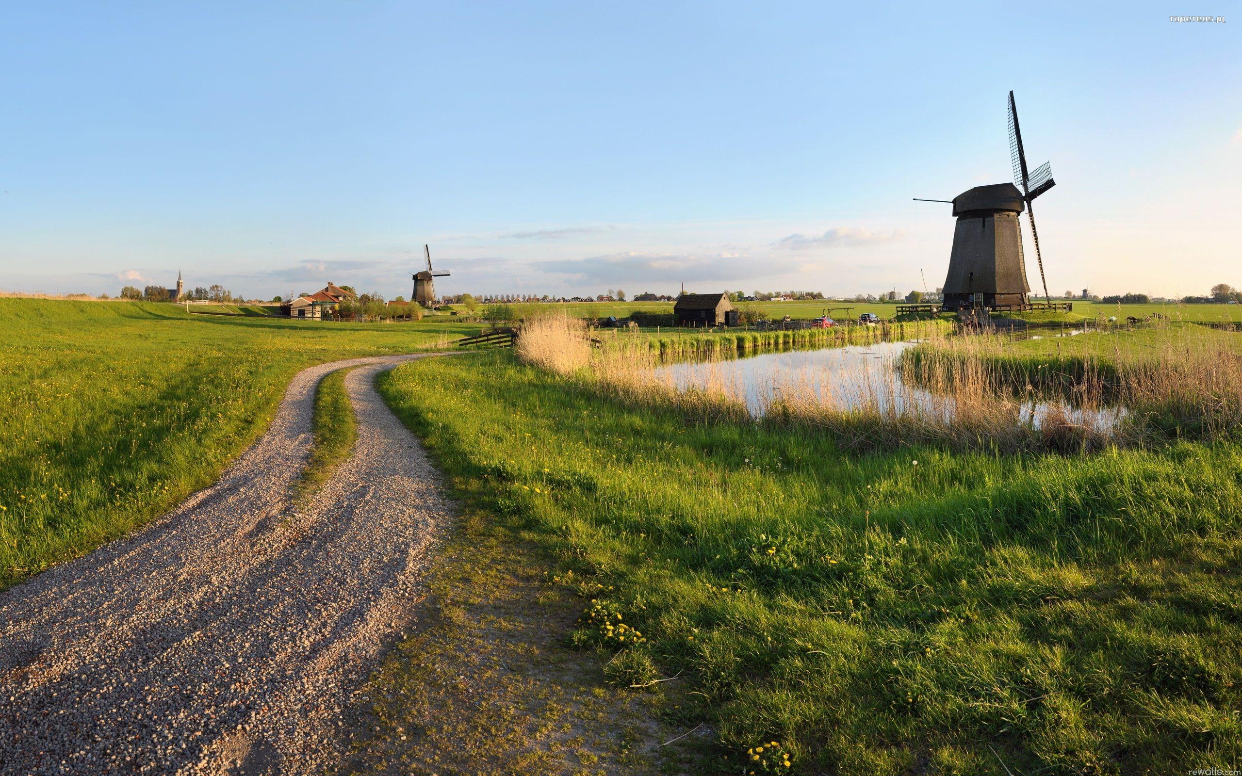 Pitstone Windmill, Bucks, England бесплатно