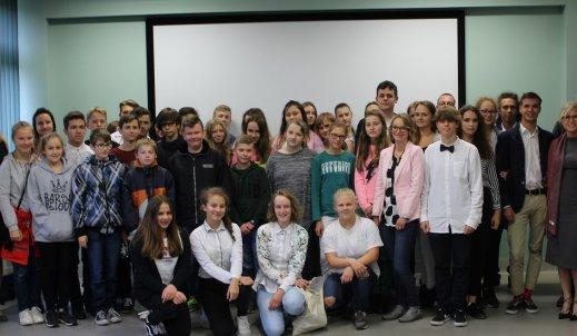 Samorządowcy regionu opolskiego debatują z młodzieżą