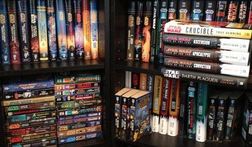 Jak czytać książki z sagi Gwiezdnych Wojen?
