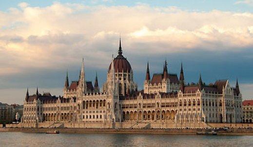 Styl romański a gotycki – Średniowieczne Budowle