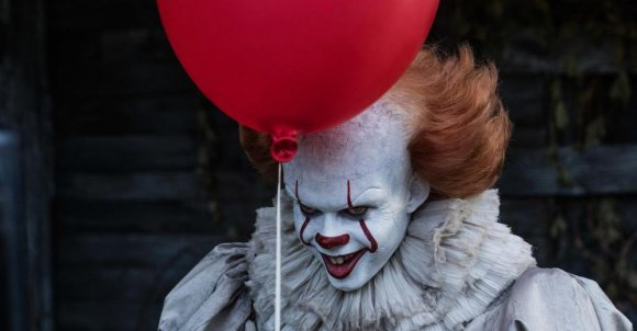 itmovie_newlarge.jpg