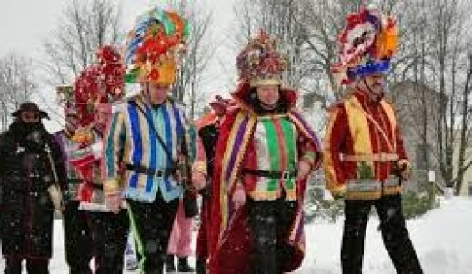 Kolędowanie… skąd się wzięła ta tradycja?