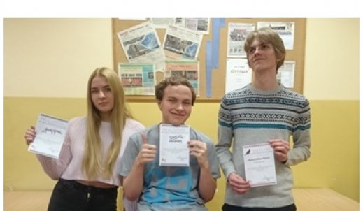 Wyróżnienia dla Maksymiliana, Dominika i Julii w Ogólnopolskim Konkursie Polonistycznym FRASZKA
