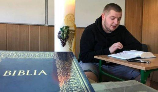 Maraton czytania Pisma Świętego w ZST