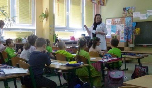 """""""Pastylki, pigułki…"""", czyli wizyta farmaceutek w SP 11"""
