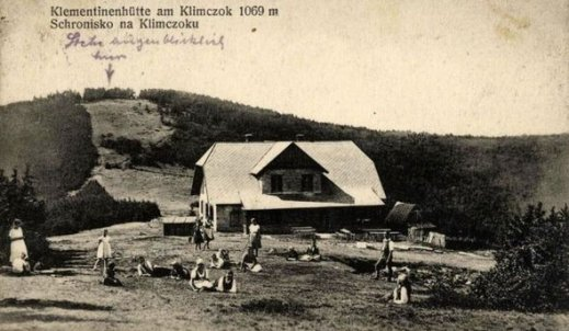 Jak spędzano wakacje 100 lat temu?