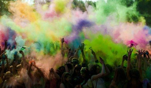 Moje  wspomnienie wakacji to Festiwal kolorów- Małkinia Górna 2018