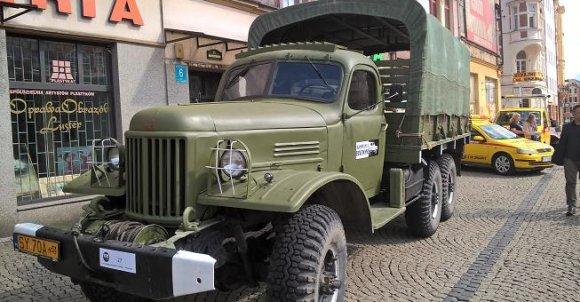 Niezniszczalna i legendarna ciężarówka Ził produkowana do dziś w Rosji
