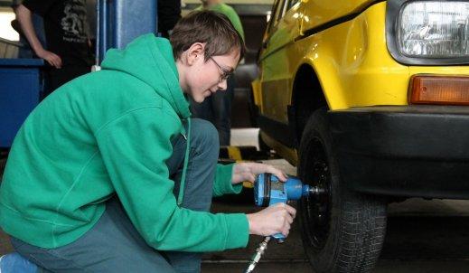 Mechanik z celem – Mechanik Pojazdów Samochodowych
