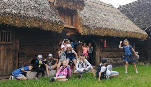 Co za wspaniała sztuka ludowa! – wizyta w Skansenie w Dziekanowicach