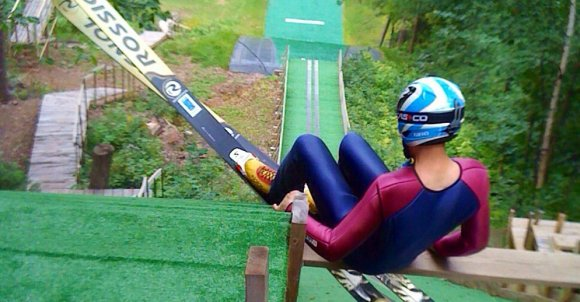 skijumping552279_1280.jpg