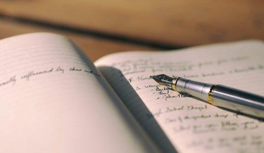 Czy warto pisać pamiętnik?