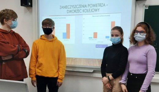 Sukces badawczy naszych młodych chemików – Szkoła Podstawowa Nr 11 w Poznaniu
