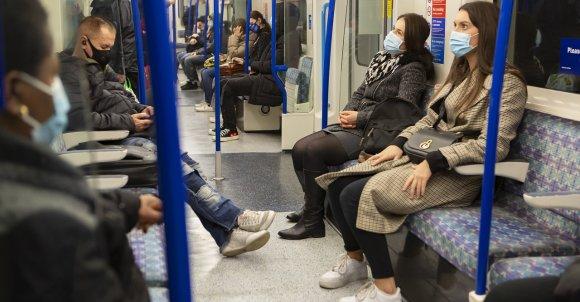 passengers5711260_1280.jpg